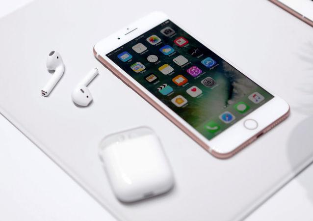 蘋果手機在中國智能手機市場2017年暢銷排行榜中居第2位
