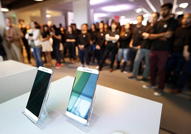 樂視集團將於7月開始在俄銷售酷派Cool 1手機