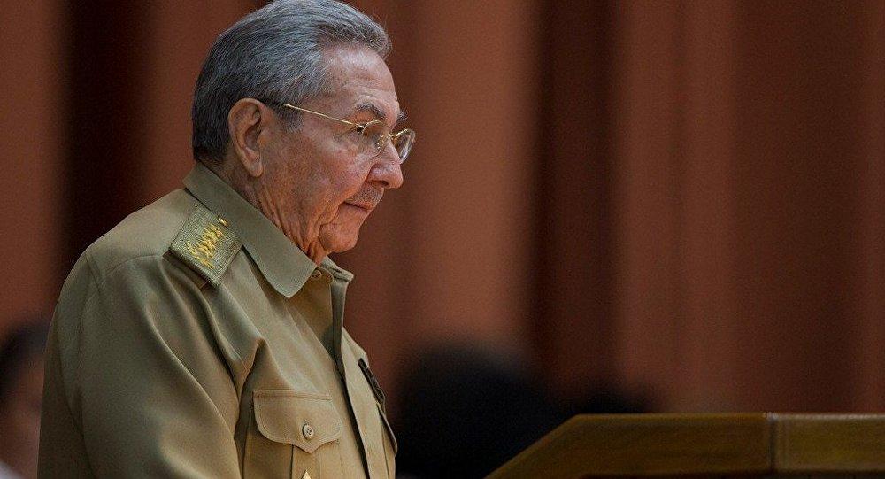 古巴領導人卡斯特羅祝賀普京在總統選舉中獲勝