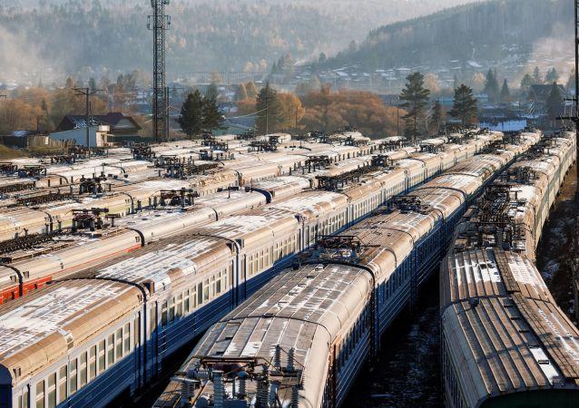 今年前兩個月中歐間經加里寧格勒鐵路共運輸集裝箱1.26萬個