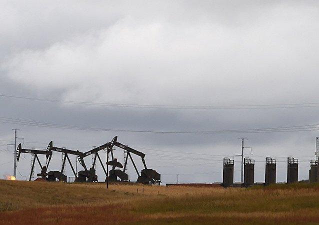 俄石油總裁稱美國頁岩油不會在亞太市場上與俄產原油競爭