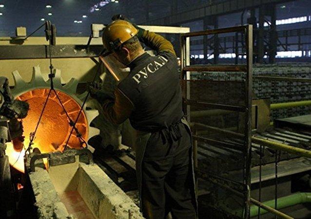 俄鋁公司希望俄羅斯就美國徵收高額鋁關稅訴諸世貿組織