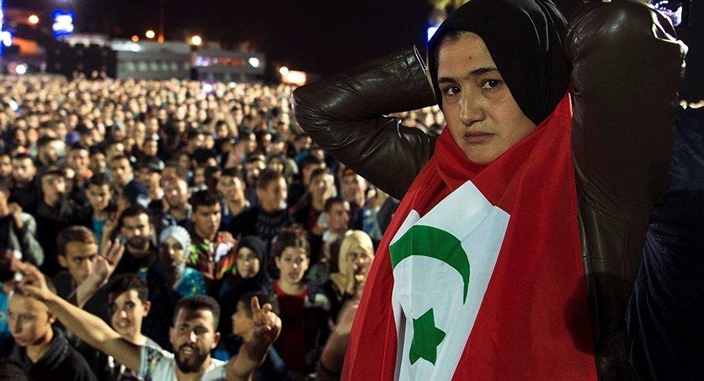 媒體:摩洛哥警察用水炮驅散反政府示威活動