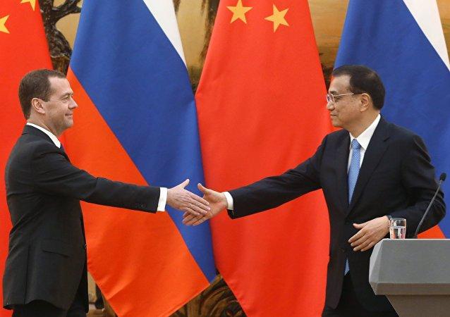 俄羅斯總理梅德韋傑夫和中國國務院總理李克強將在9月17日舉行會晤