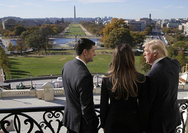 媒體:特朗普團隊未證實關於他欲准許子女獲得國家機密的報道