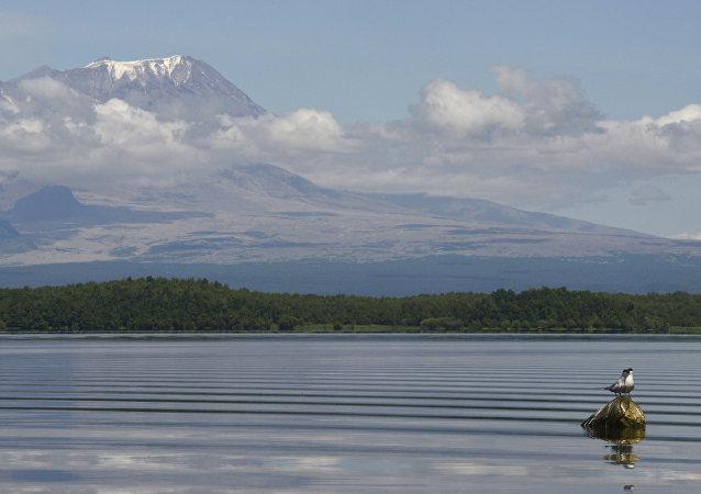 希韋盧奇火山