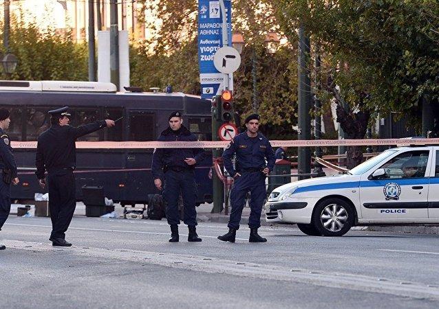 雅典一家警察局附近發現自制炸彈 現已被銷毀