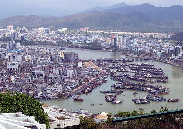中國政府批准設立中國海南自由貿易試驗區