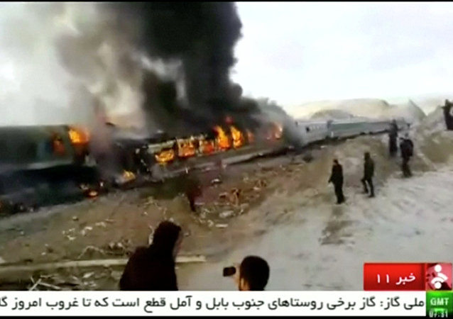 媒體:伊朗列車相撞事故的死亡人數上升至31人