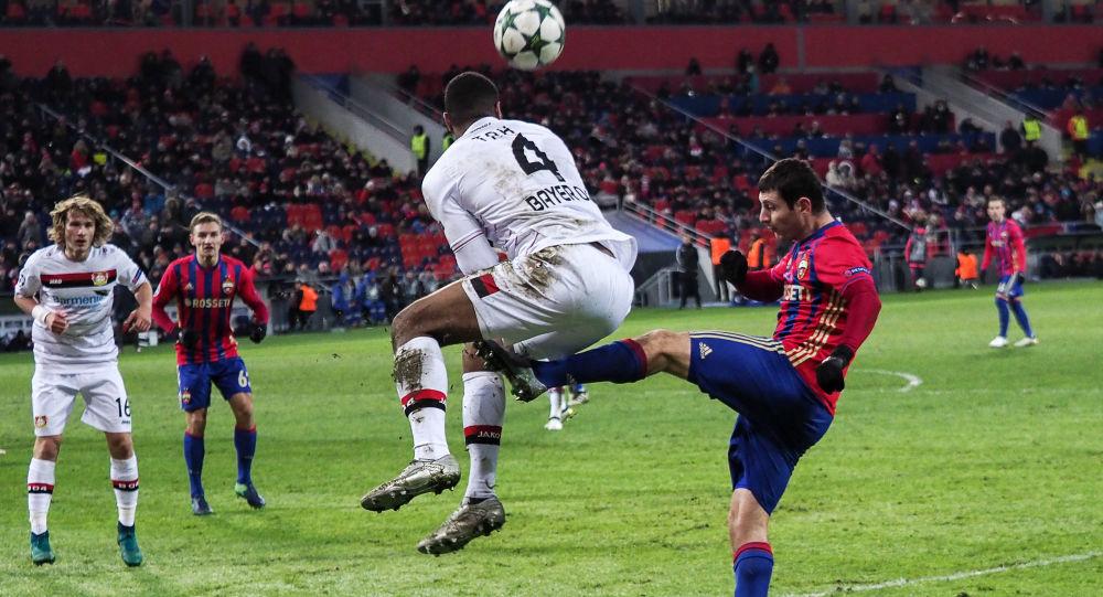 專家闡述了從事足球運動的危險性