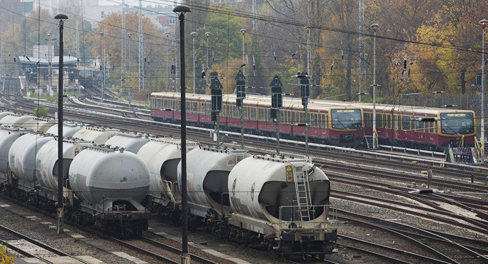 德國鐵路將鐵軌塗為白色   德國鐵路