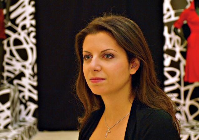 瑪格麗特·西蒙尼揚評論了前美國駐俄大使將衛星通訊社和RT電視台註冊為外國通訊社的相關提議