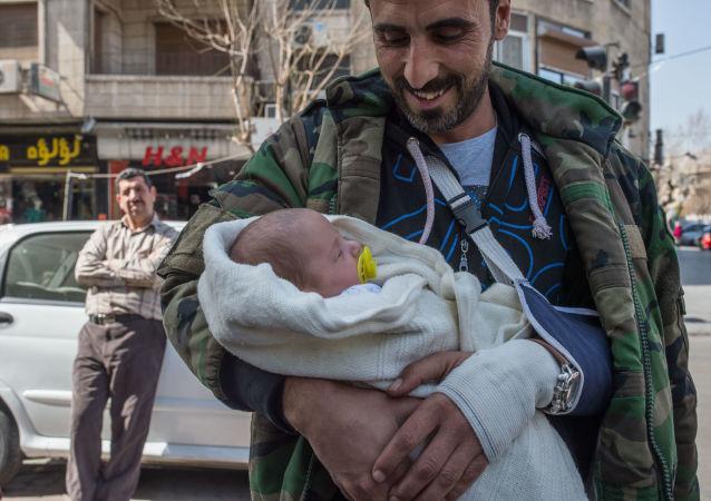 媒體:一名敘利亞新生嬰兒取名弗拉基米爾·普京 (資料圖片)
