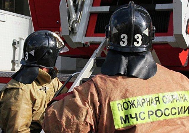 俄緊急情況部門表示,由於煤氣爆炸,奧列霍沃-祖耶沃3樓至5樓的一個樓道坍塌