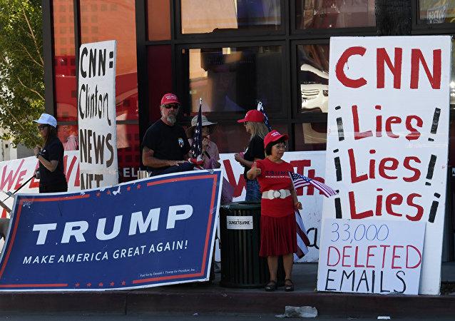 特朗普呼籲抵制不參加白宮聖誕晚會的CNN