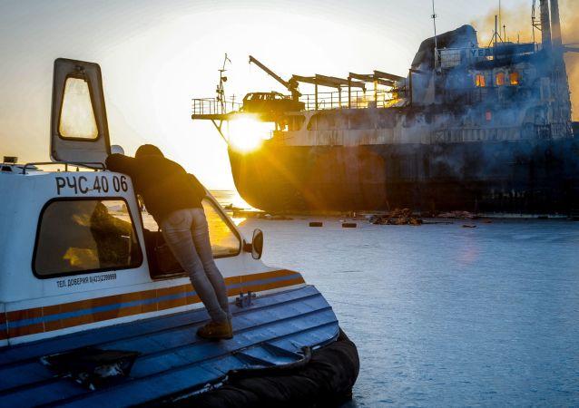 俄一艘載有30名漁民的船隻在日本海起火 資料圖