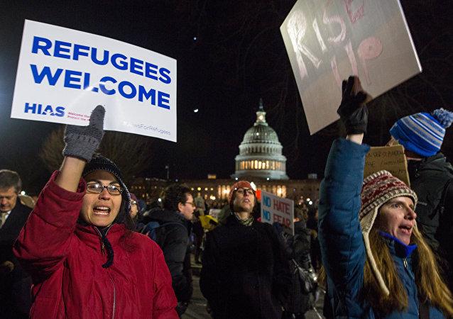 美國法院部分解除特朗普移民禁令