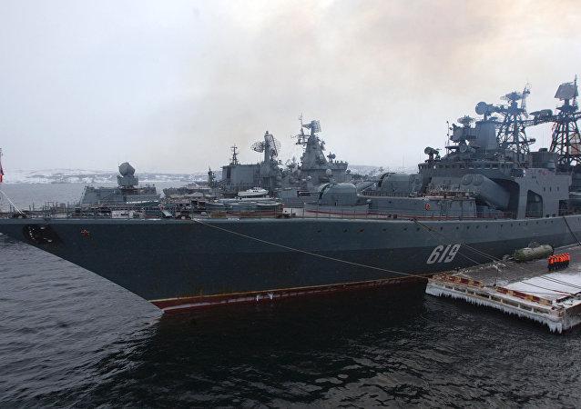 北方艦隊大型反潛艦「北莫爾斯克」號進入黑海