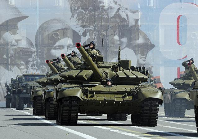 美國媒體比較俄羅斯和北約國家的坦克數量
