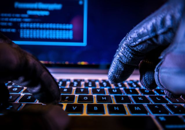 克宮表示,俄方每天都受到從美國境內發動的網絡攻擊,俄總統網站也是攻擊對象