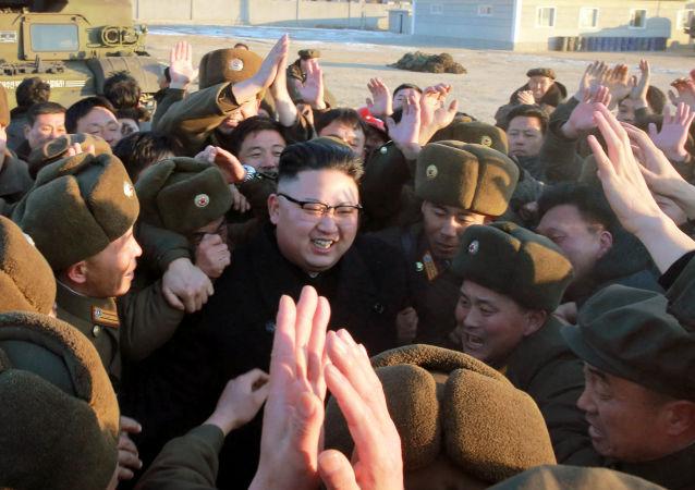 金正恩親自觀看了新型導彈發射
