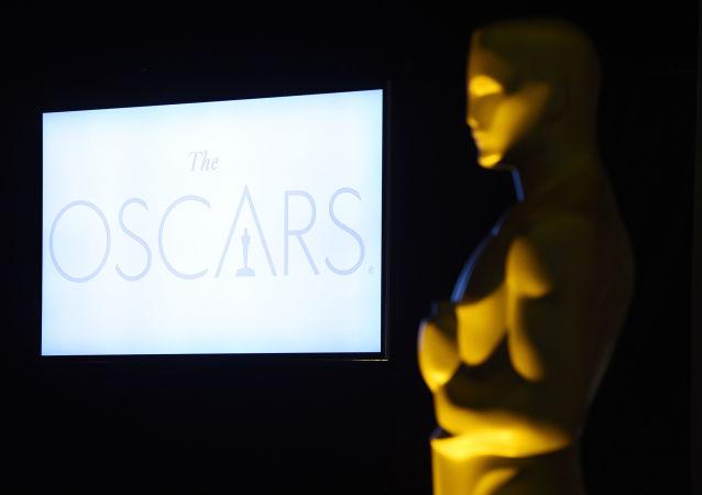 媒體:第89屆奧斯卡金像獎頒獎典禮的主持人給特朗普發推文