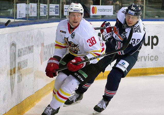 大陸冰球聯賽1/8決賽崑崙鴻星冰球隊擊敗馬鋼城冶金隊
