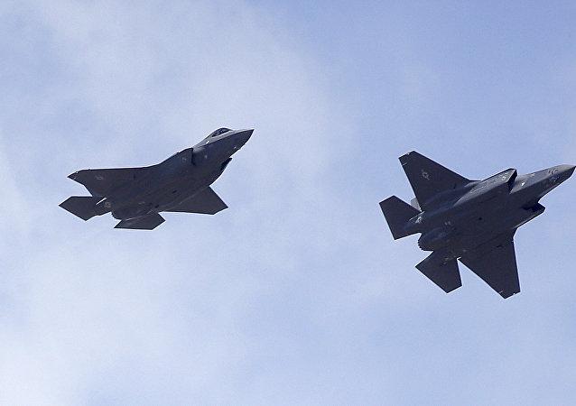 F-35 殲擊機