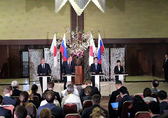 日本外相:安倍首相四月底將訪問俄羅斯