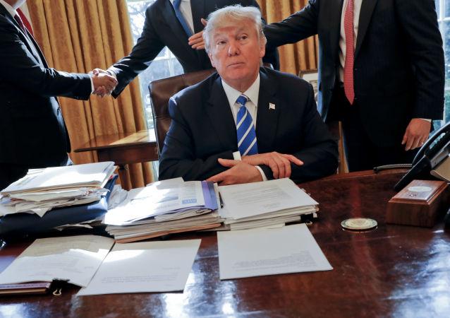 媒體:特朗普利用不實數據說服退出巴黎氣候協定