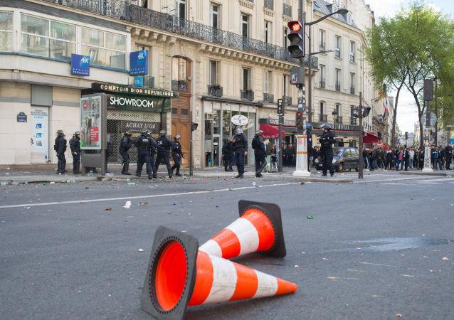 法國巴黎五一遊行爆發衝突致警察受傷人數增至6人