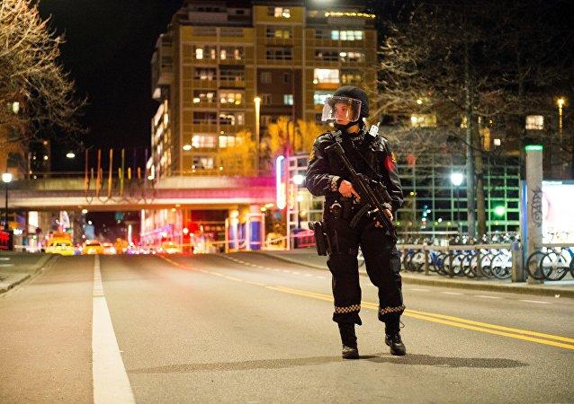 媒體:挪威拘留一名涉嫌用刀襲擊的俄羅斯人