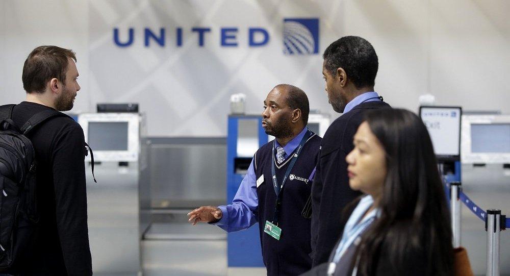 媒體:又有2名安全部門警員因美聯航強制乘客下機事件被停職