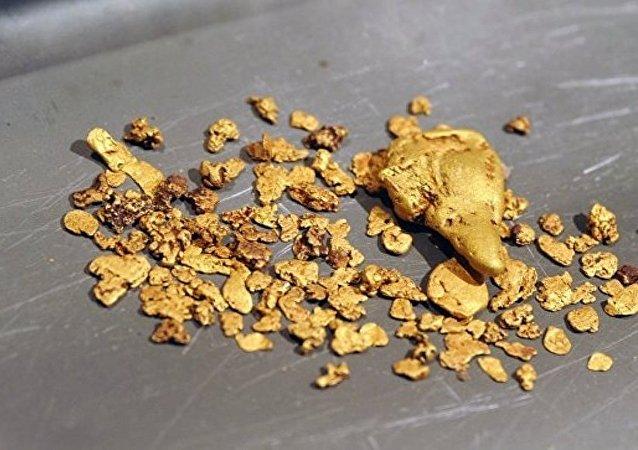 俄楚科奇超前發展區入駐企業開始工業開採黃金