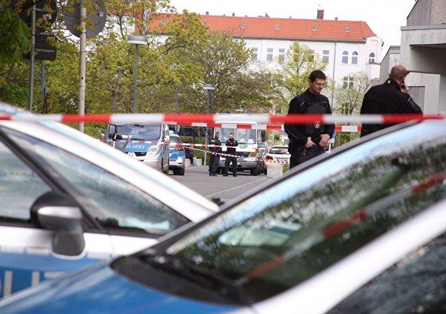 一輛汽車在柏林衝入人群