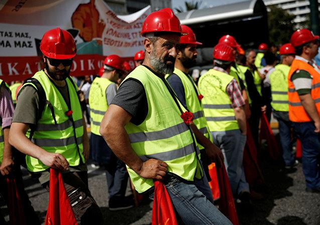 希臘共產黨阻止北約部隊進入該國