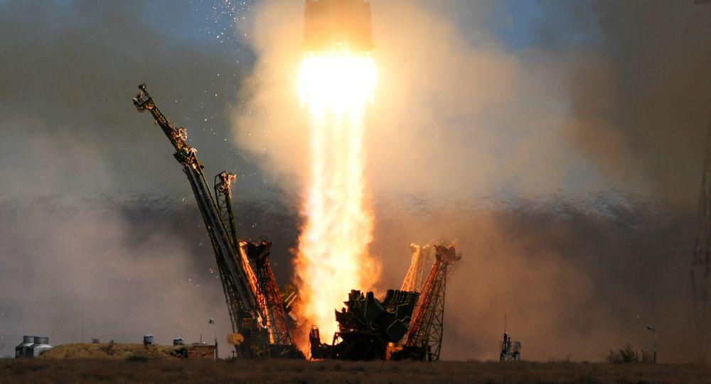 「聯盟2.1A」火箭攜11顆衛星升空