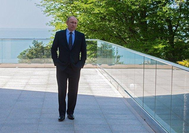 俄總統普京:俄羅斯不干涉別國內政