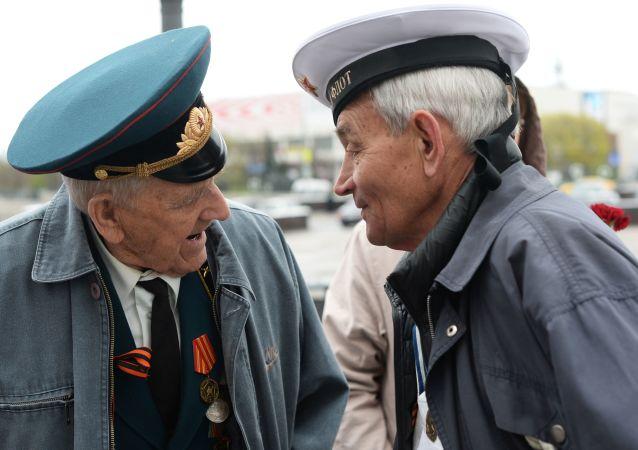 俄老兵赴華向陣亡戰友致敬