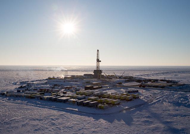 尚無為俄石油北極發展項目提供2.6萬億盧布稅務減免的決定