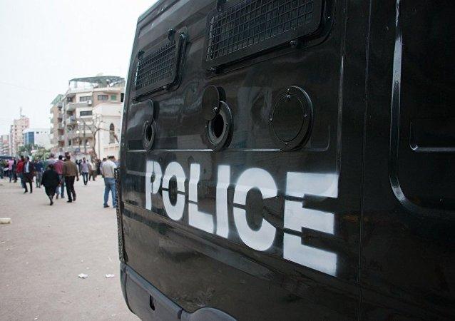 開羅路邊炸彈致警察1死4傷