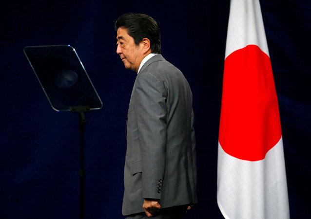 安倍晉三民調支持率下降表明輿論界反對日本軍國主義化?