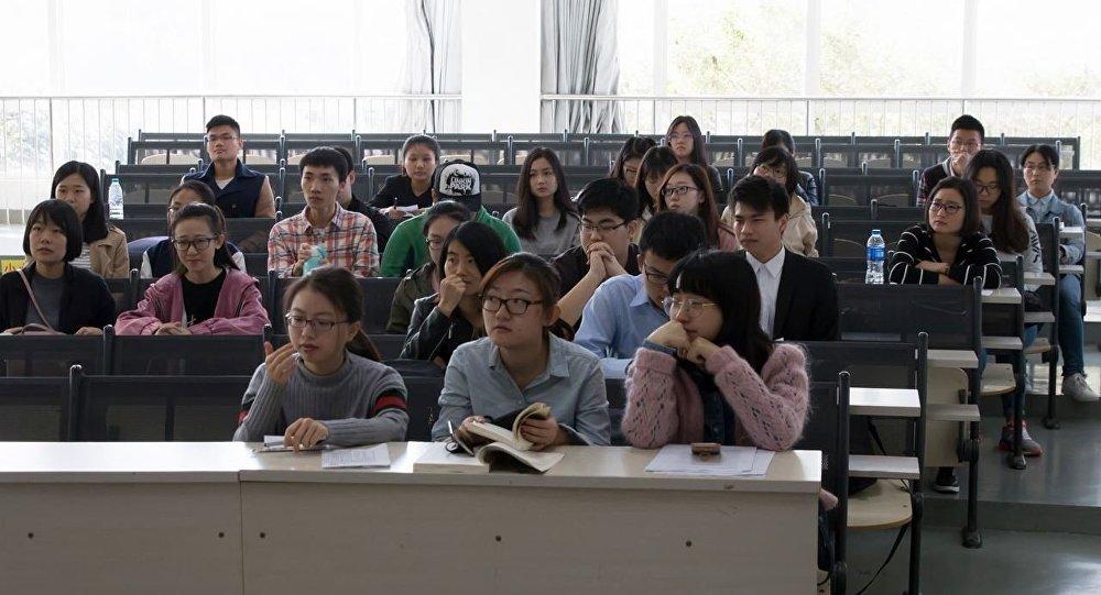 語言是中國留學生適應在俄生活的最大障礙
