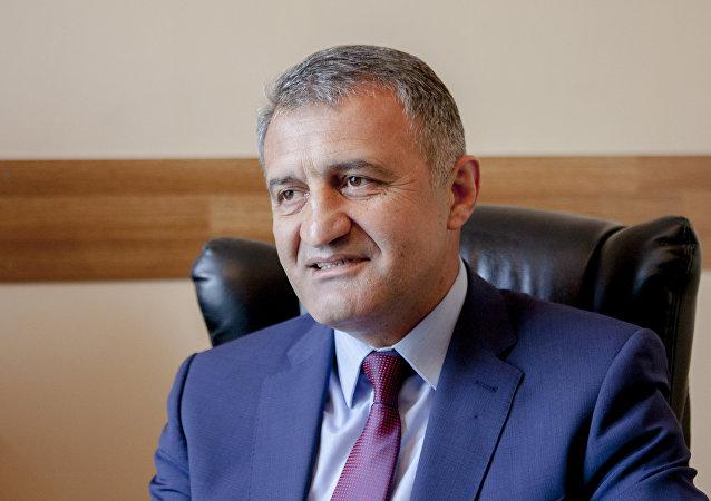 南奧塞梯總統比比洛夫