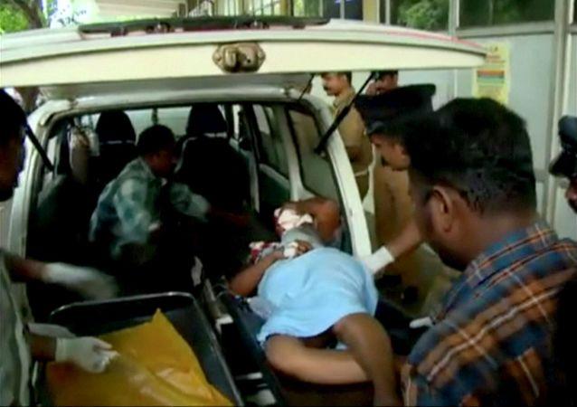 印度一座四層建築物倒塌 10人死亡