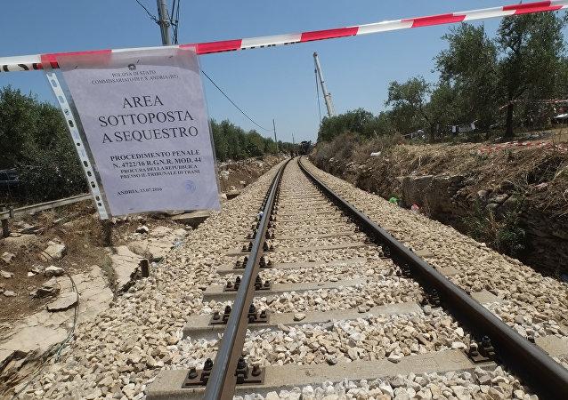 意大利2輛列車相撞