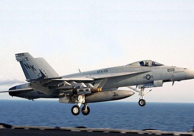 F/A-18E「超級大黃蜂」戰鬥機
