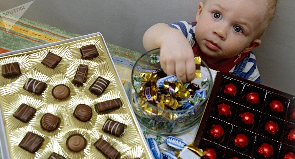 俄心理學家:甜食依賴並非由於遺傳原因