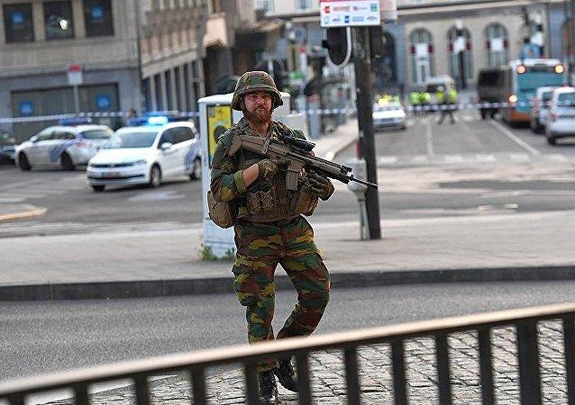 軍方已制伏在布魯塞爾火車站製造爆炸的人員