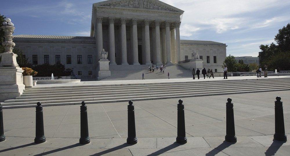 美國最高法院阻止政府廢除保護80萬移民不被遣返的DACA計劃